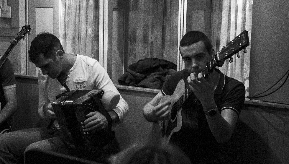 Irish Music session in Doolin, Co. Clare